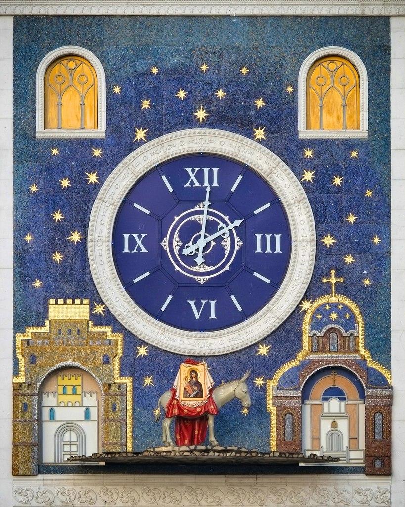 Йошкар-Ола. Часы с осликом